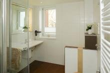 Appartement 10 - Blick in das Badezimmer