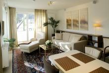 Appartement 10 - Wohnzimmer mit Relax-Sessel